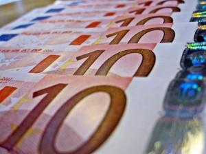 евро-610x457