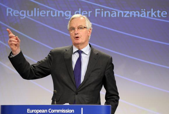 El comisario europeo de Mercado Interior y Servicios Barnier ofrece una conferencia de prensa sobre la reestructuración del banco en la sede de la Comisión Europea en Bruselas