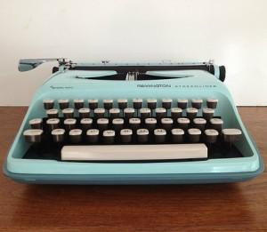 vintage_typewriter_by_vintage19_something