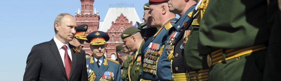 2014-05-09T095645Z_01_MOS89_RTRIDSP_3_UKRAINE-CRISIS-RUSSIA-PARADE