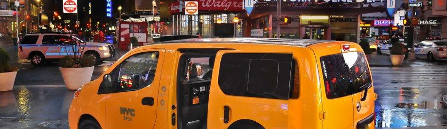 Nissan-NV200-Taxi-9