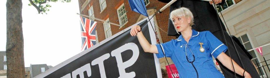 ttip_isds_creditworld_development_movement_flickr_httpbit.ly1pvv2lp