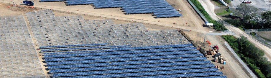 plandaí photovoltaic i Puerto Rico- tógtha ag GES